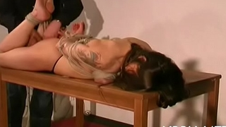 Amateur sucks dildos with her pointer sisters fastened up in ropes