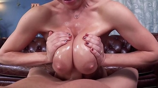 Dee Williams -Jugs for Wiener Hugs Titty Fucking Titjob