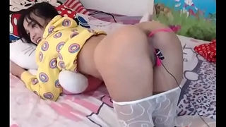 Cute girl doing some cam show - www.lovelycam.eu