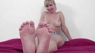 Mirella big ass showing hot body, fingertips and soles! Amazing foot fetish video!