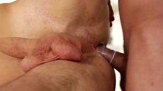 Amply hung bi dude banged