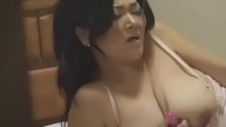 concierge japanese milf masturbating