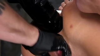 Hogtied wide the air gets anal banged