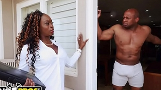 BANGBROS - Vickie Starxxx Bounces Her Sulky Big Botheration On Prince Yahshua'_s BBC